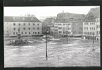 old postcard: AK Hochwasser Nürnberg am 05. Februar 1909, der Brunnen auf dem Hauptmarkt