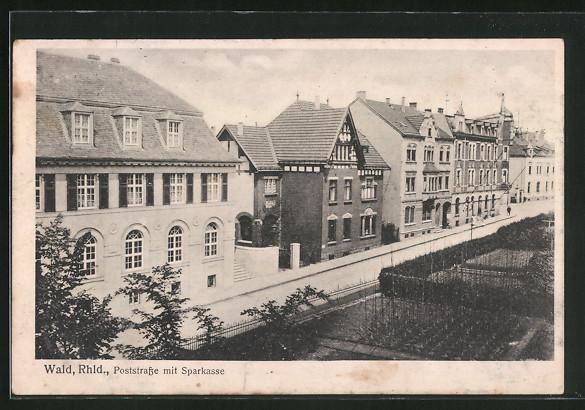 old postcard: AK Solingen-Wald /Rhld., Poststraße mit Sparkasse